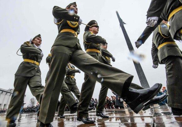Buvęs JAV pajėgų vadas Europoje: karinė grėsmė išlieka. Pasižiūrėkite, ką Rusija išdarinėja