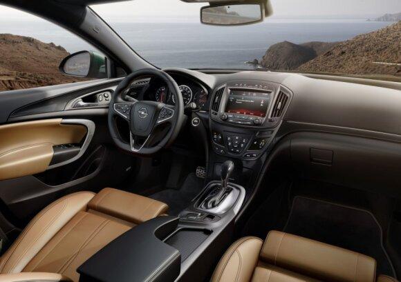 """""""Hyundai i40"""" prieš """"Opel Insignia"""": kuris pasirinkimas geresnis?"""