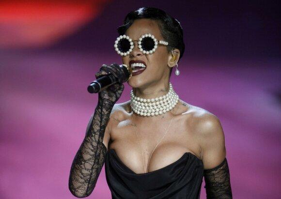 Rihanna Victoria's Secret kolekcijos pristatyme