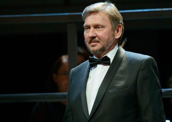 Operos choras: tai ne tik atlikėjai, bet ir aktoriai