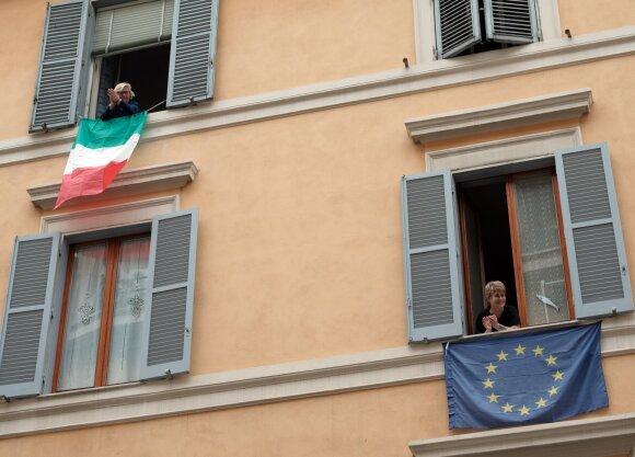 Euro vienybės siekius persekioja 1992-ųjų Italijos devalvacijos vaiduoklis