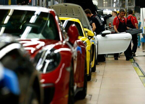 """""""Porsche"""" automobilių gamykla"""