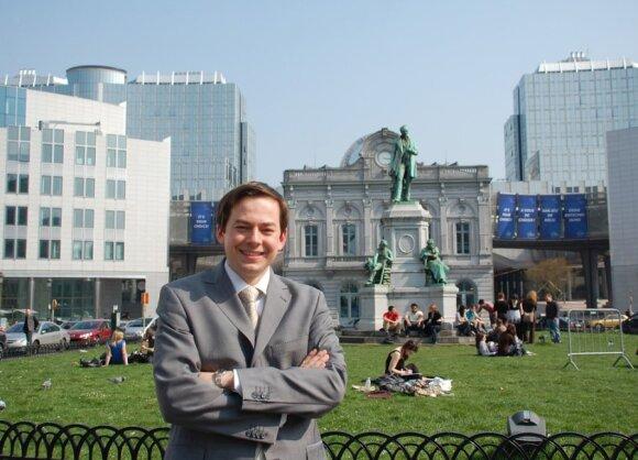 Prie Europos Parlamento