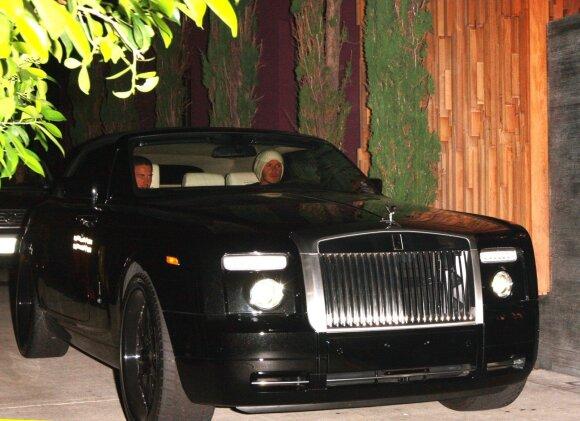 David Beckham vairuoja Rolls-Royce Phantom Drophead