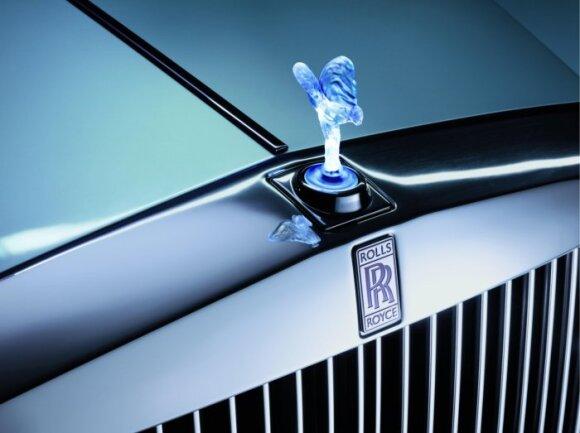 Kokias istorijas slepia automobilių logotipai?