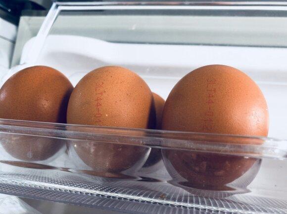 Laikote kiaušinius šaldytuvo durelėse? Darote klaidą
