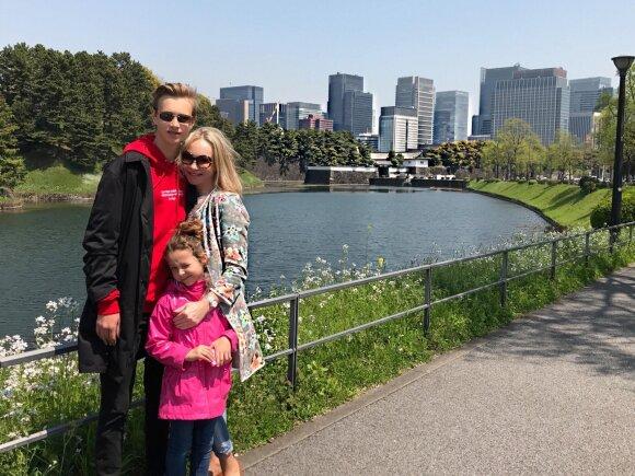 Reda Karosienė su vaikais