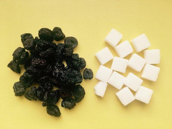 Džiovintos vyšnios, kuriose 66,6 % cukraus