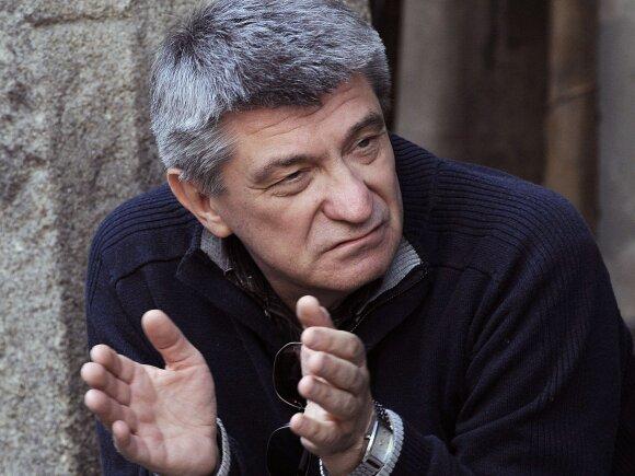 A. Sokurovas