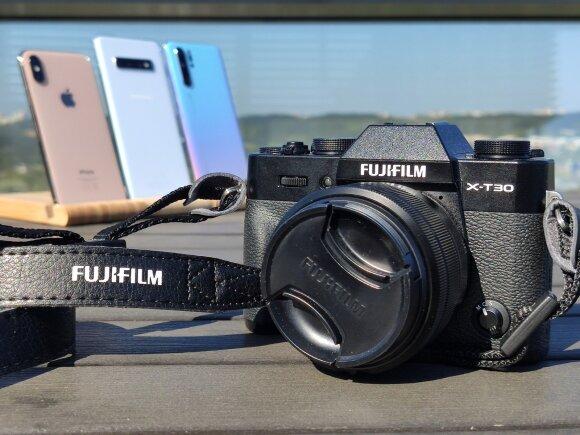 Grandų palyginimas: ar geriausiai fotografuojantys išmanieji prilygsta fotoaparatui?