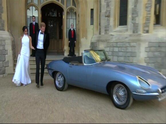 Automobilis, kuriuo po santuokos išvyko princas Harry ir Meghan turėjo vieną ypatingą detalę