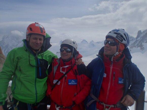 Alpinistai J. Survila, A. Bazys ir P. Jakutavičius