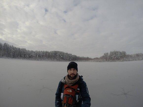 Keliautojas Mantas Žalkauskas Dzūkijos nacionaliniame parke