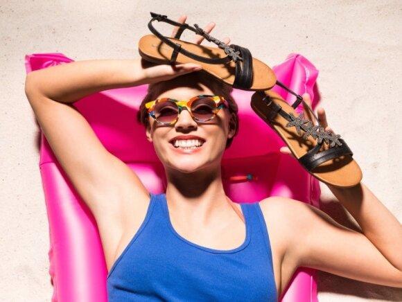 Avalynės tendencijos vasarai: aukštakulnius šalin!
