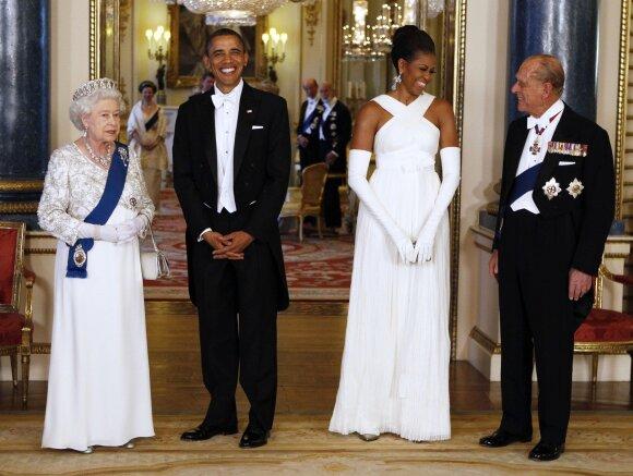 Karalienės priėmimas: išskirtinis reginys, įspūdinga puota ir griežtas protokolas