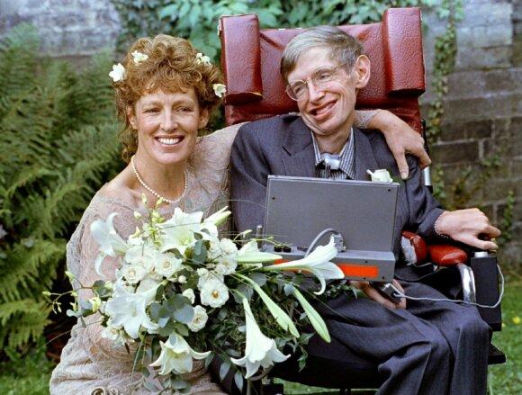 Stephenas Hawkingas su antrąja žmona Elaine Mason 1995 metais