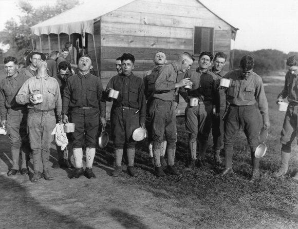 """Kartą lietuviai jau išgyveno pandemiją: tais metais tauta ėjo """"išmirimo keliu"""""""