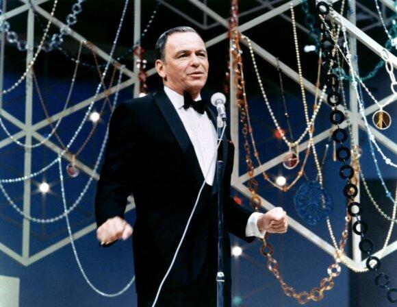 Frankas Sinatra: noriu permiegoti su tiek moterų, kiek pajėgsiu