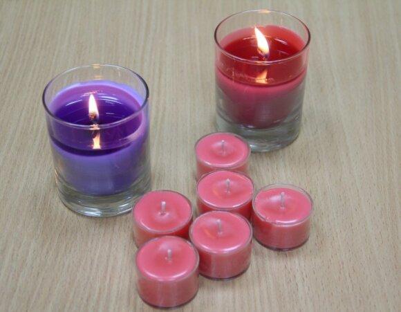 Nebrangios, bet šiltos dovanos: rankų darbo žvakutės per 20 min.