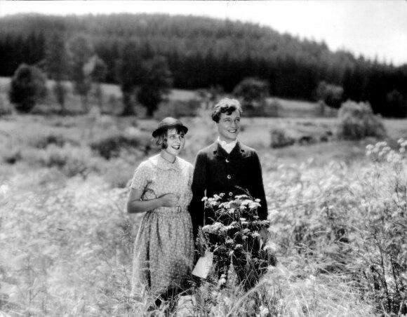 """Kadras iš filmo """"Upė"""" (1934)"""