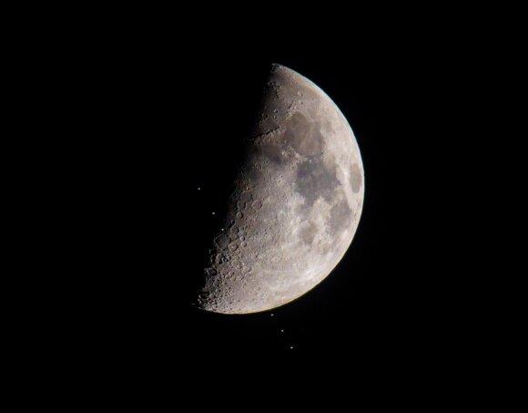 NASA žada statyti gravitacines bangas fiksuojančią observatoriją Mėnulyje.
