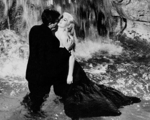 "Kadras iš Federico Fellini filmo ""Saldus gyvenimas"""