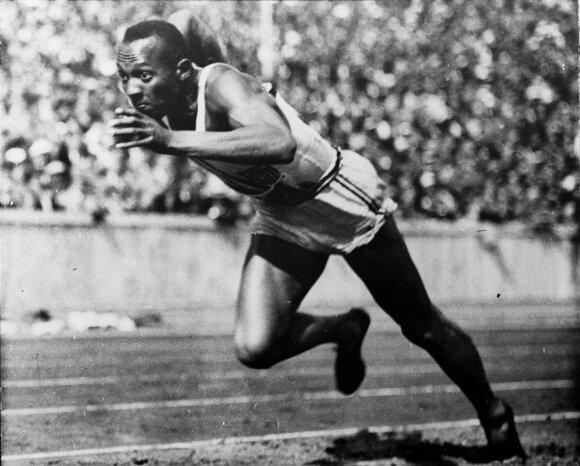 Olimpinės gėdos žaidynės: nors Hitleris rezultatu džiaugėsi, teko nusileisti ir išeiti iš stadiono