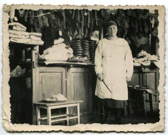 Pardavėja Halės turguje 1937 m., Vilniaus Gaono žydų istorijos muziejus, VGŽIM f 4759