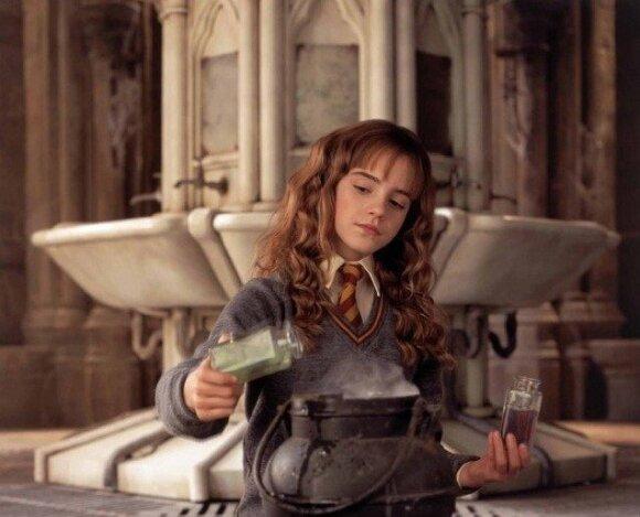 """""""Haris Poteris ir paslapčių kambarys"""""""