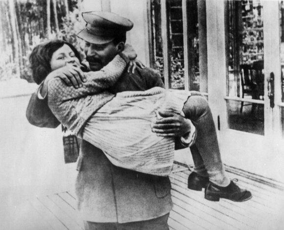 Svetlana Allilujeva, Josifas Stalinas
