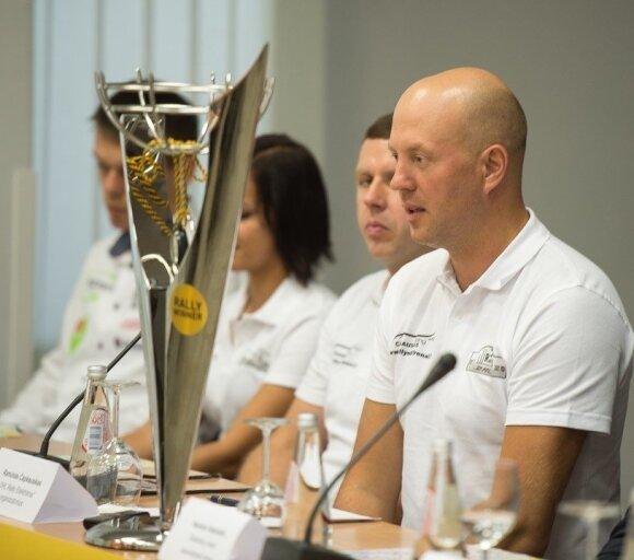 Ramūnas Čapkauskas ir ralio nugalėtojų taurė
