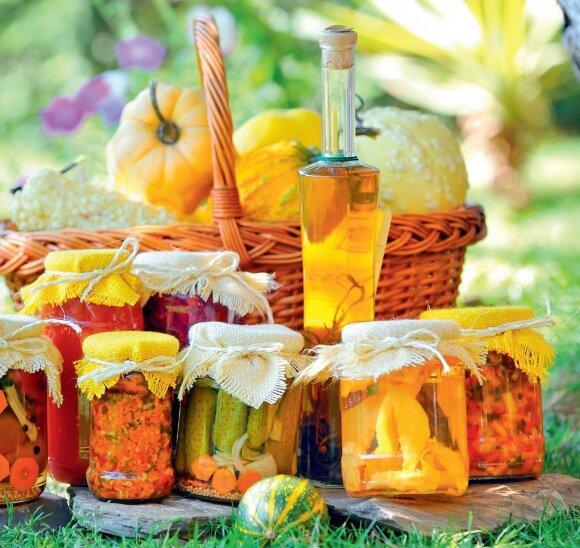 Konservavimo abėcėlė – kaip geriausia žiemai paruošti vaisius, daržoves ir uogas
