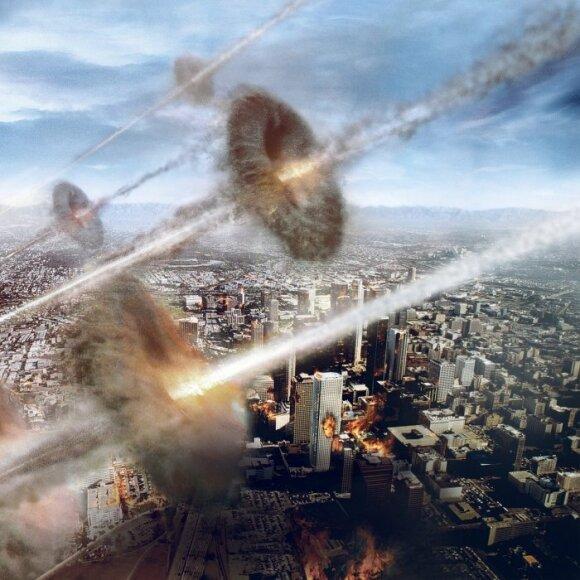 """Kadras iš filmo """"Pasaulinė invazija: mūšis dėl Los Andželo"""""""