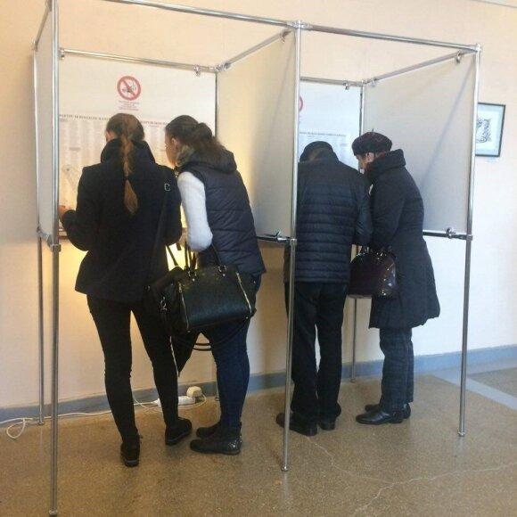 Pirmasis 18-metės balsavimas virto nusivylimu