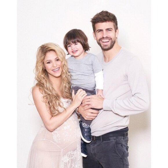 Шакира поделилась трогательными семейными снимками