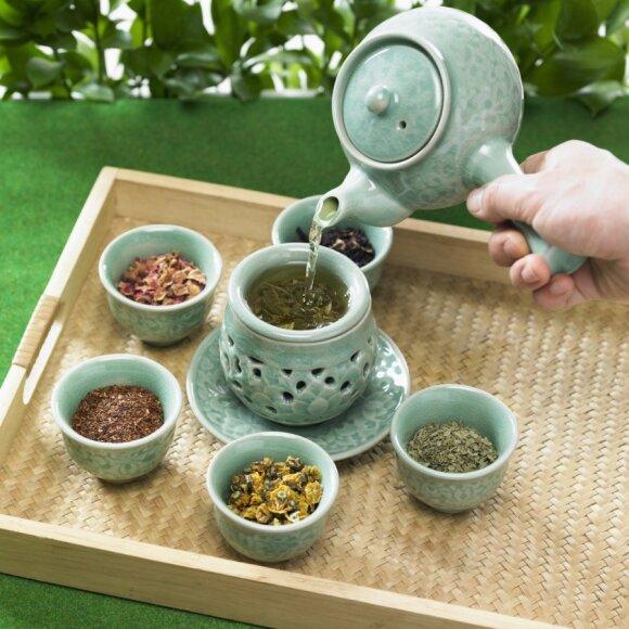 Gydytoja atskleidžia visą tiesą apie vaistažolių arbatas