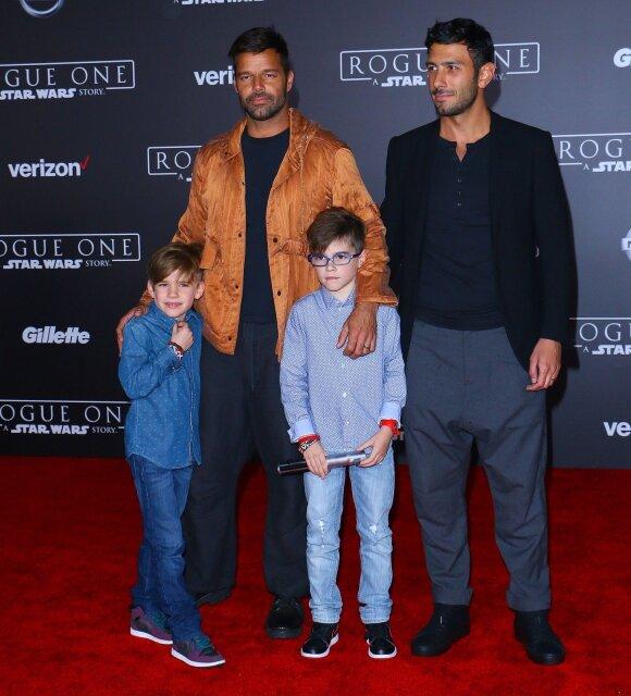 Ricky Martinas ir Jwanas Yosefas su vaikais