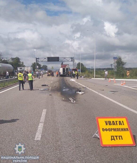 Tragiška avarija Ukrainoje: žuvo 10 žmonių