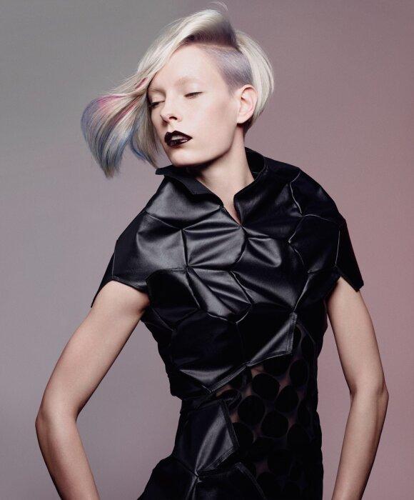 Plaukų dažymo tendencijos šiai vasarai: madinga tai, kas anksčiau buvo nesuderinama