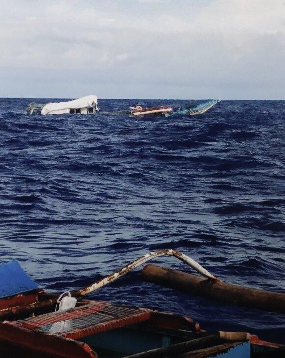 """Taranuotas ir nuskandintas Filipiniečių laivas """"FB Gimber 1"""""""