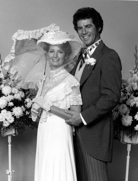 """Sisi Kepvelą """"Santa Barbaroje"""" vaidinusiam J. Allanui jau 80: kas jo gyvenimą pavertė pragaru?"""