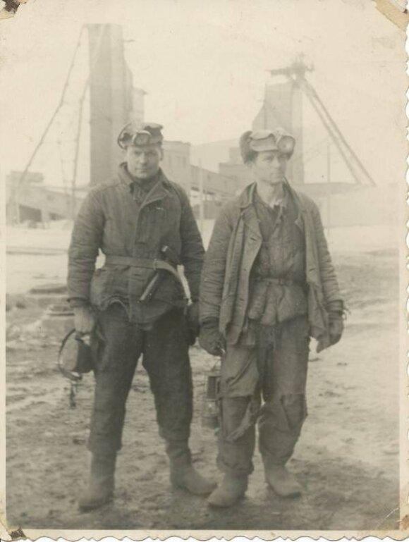 Politiniai kaliniai iš Lietuvos, pasiruošę darbui anglies kasyklose