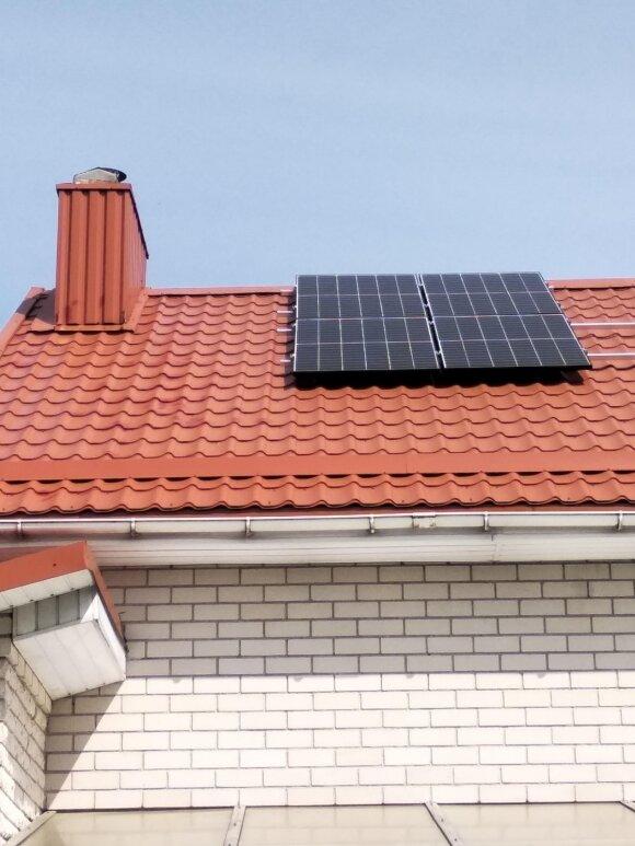 Vyras įsirengė saulės elektrinę