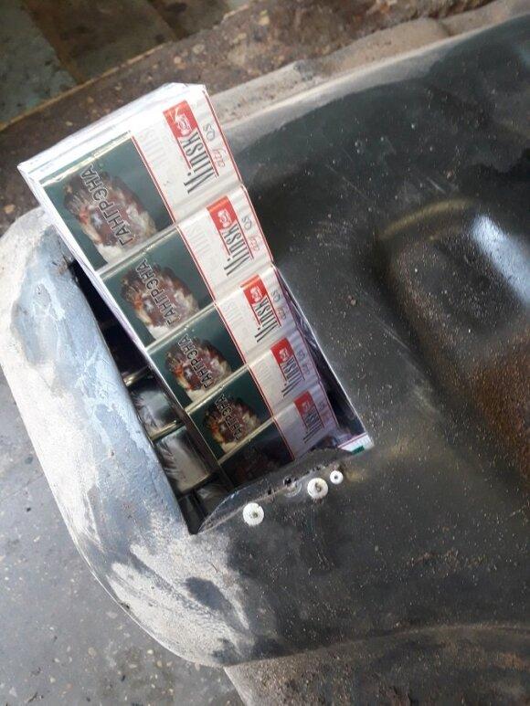 Pasieniečiai sulaikė baltarusį, kuris kontrabandinius rūkalus gabeno degalų bake