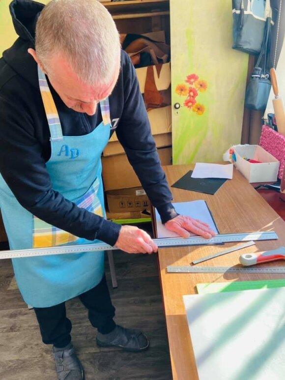 Kėdainiuose įkūrė dirbtuves neįgaliesiems: gaminiai sužavėjo tūkstančius