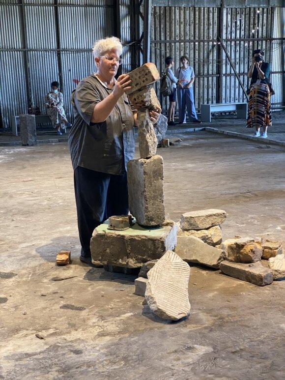 """Bridget Polk """"Balansuojant akmenis ir žvyrą"""""""