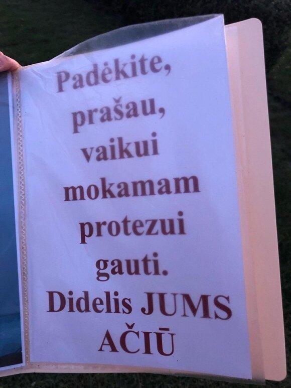 Vilniuje išmaldos prašanti moteris