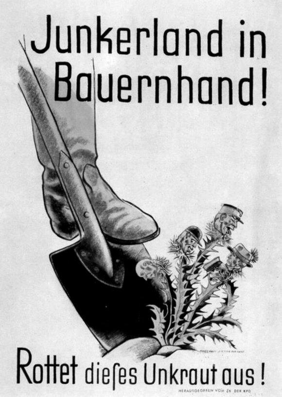 """Žemės reformą reklamuojantis plakatas. Šūkis buvo: """"Junkerland Bauernhand!"""" (""""Junkerių žemę –valstiečiams!"""")"""