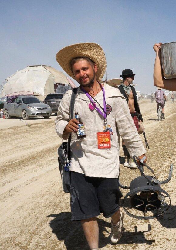 """Lietuvio patirtis """"Burning Man"""": nesiryžtantiems turiu tik vieną patarimą"""