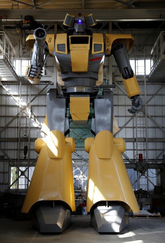 Japonijoje sukurtas milžiniškas robotas